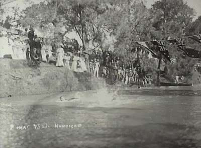 Nepean River swimming carnival 1917 Little Sandy (Camden Images)