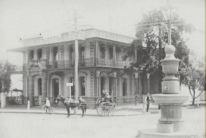 A 1915 view of Commercial Banking Co building at corner of Argyle and John Street Camden
