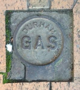 Gas Cover Durham Argyle Street Camden 2016 (I Willis)