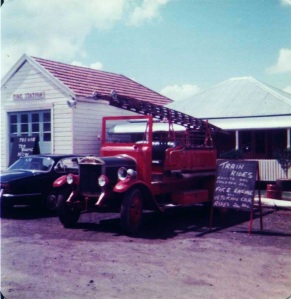 Greens Motorcade Museum with 1927 Dennis Fire Engine and in rear of image The Oaks Tea Room and the old Beecroft Fire Station 1970s (R Sanderson)