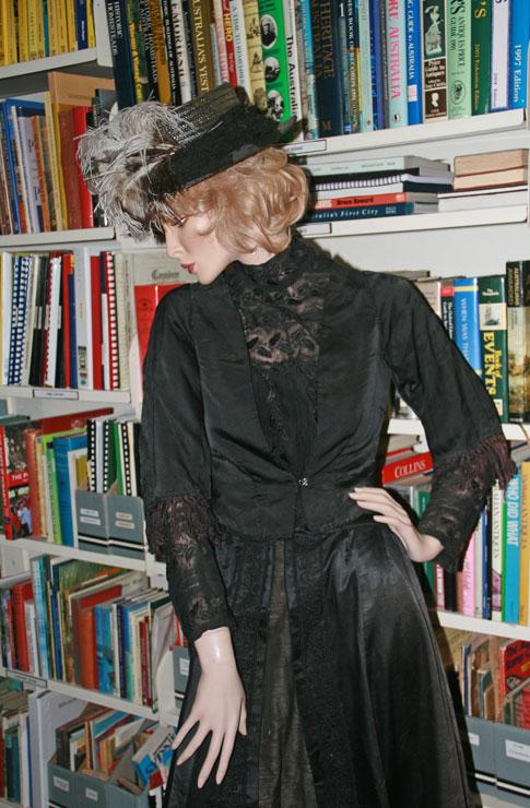 Camden Museum wwwIMG_2561coy-Vic-librarian (1)2017 AMcIntosh