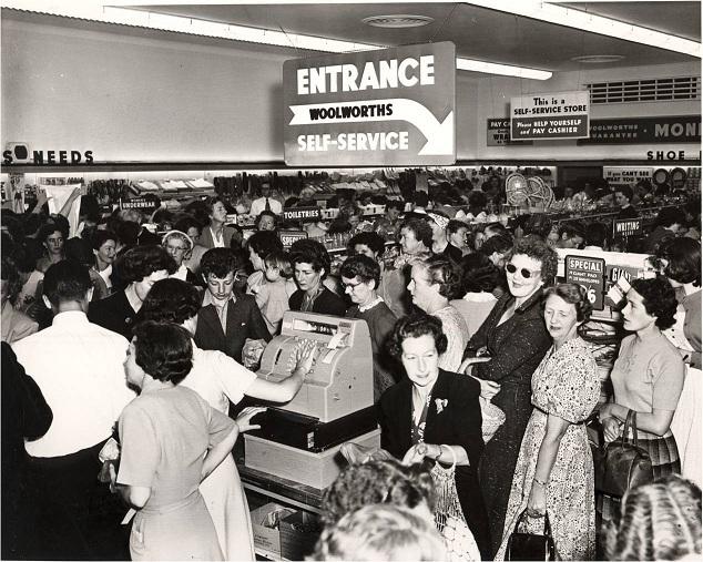 Retail Woolworths 1950 BeverlyHills 1stSelfService