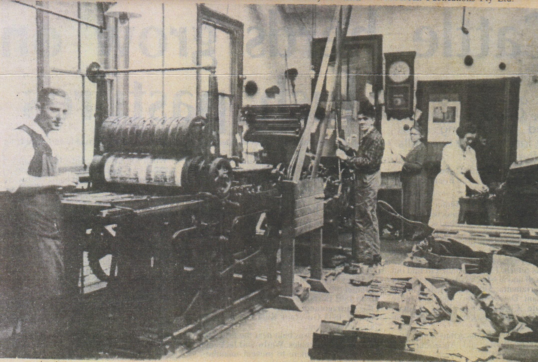 Camden News Linotype printing machine 1930 CN