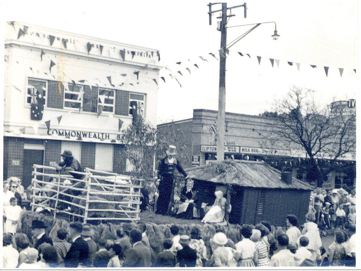 Camden Rose Festival CBA & parade 1968 CIPP lowres