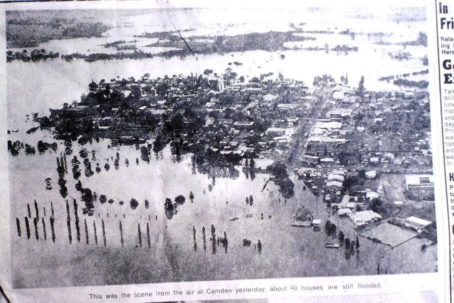Camden Flood 1974 SMH lowres
