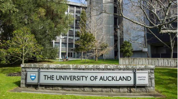 Auckland University of Auckland Signage 2019 UoA
