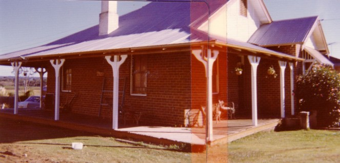 Elderslie 34 River Road (W) side view of house 1970s MPatterson