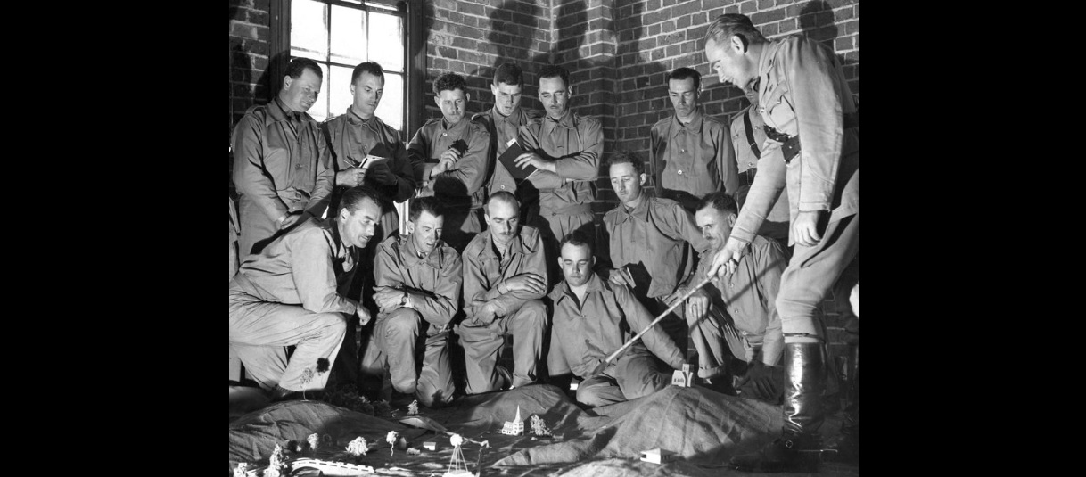 Narellan Eastern Command Training School Training class Studley Park 1940 Major EE Bundy SLV