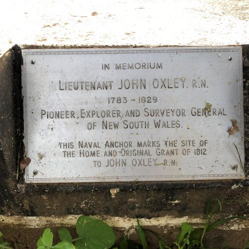 Elderslie John Oxley Cottage Plaque Anchor 2020 IW lowres
